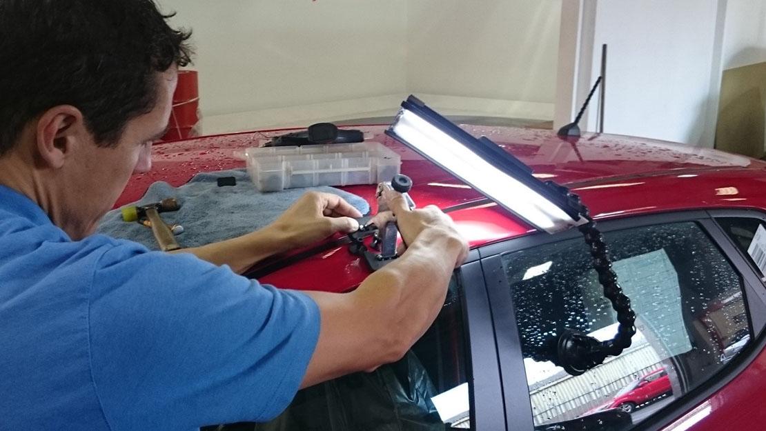 glue pulling